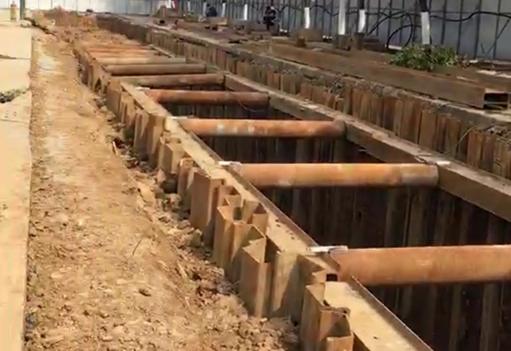 地下管道厢涵钢板桩施工